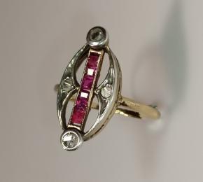 Prsten s rubíny