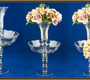 Skleněný nástolec s vázou